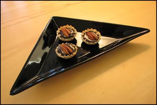 Dark Chocolate Pecan Filled Mini Filo Cups Recipe