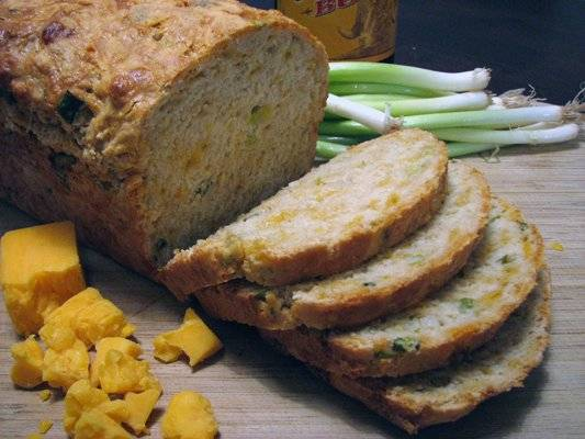 This ale bread recipe is soft, dense, chewy , and full of flavor. Simple to make, but will make you look like a rock star. Perfect for soups!