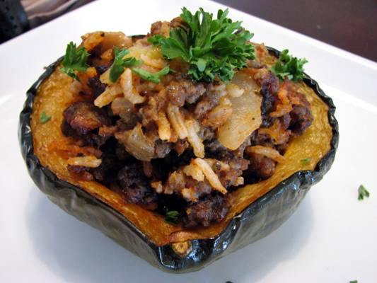 roasted-stuffed-acorn-squash