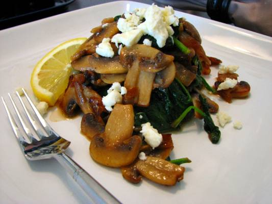 sauteed-mushrooms-and-spinach-with-feta