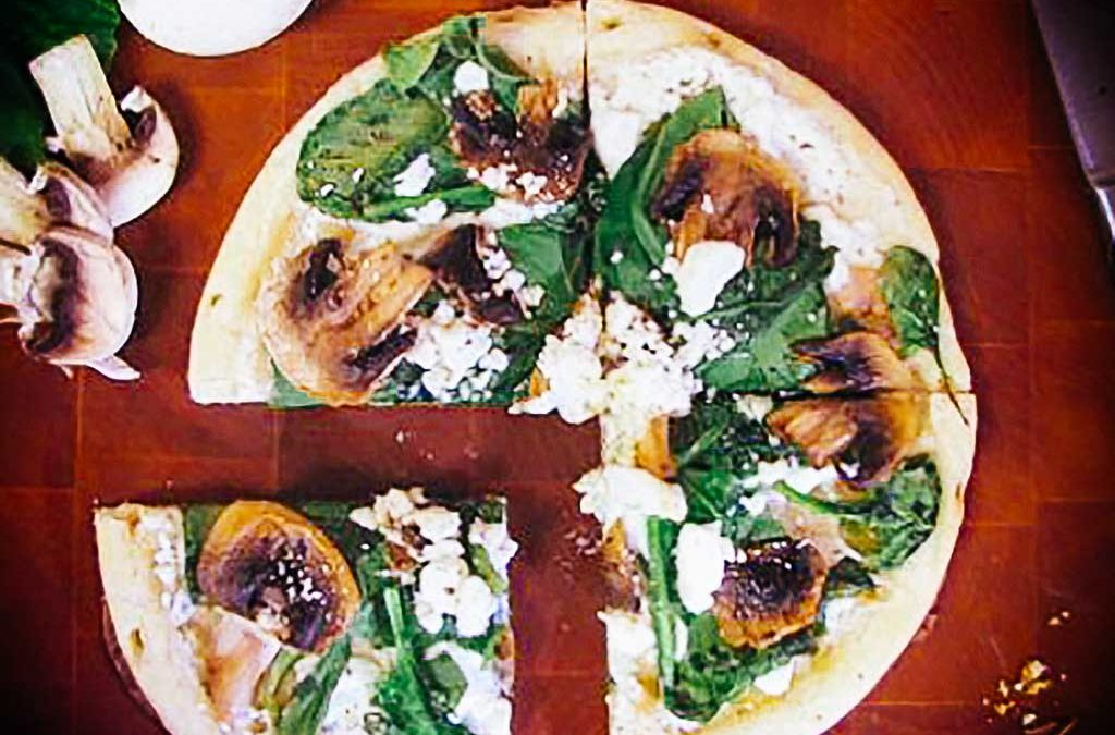 Spinach, Mushroom and Goat Cheese Pizza Recipe