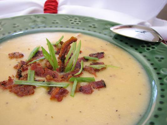Thick and Creamy Potato Bacon Soup
