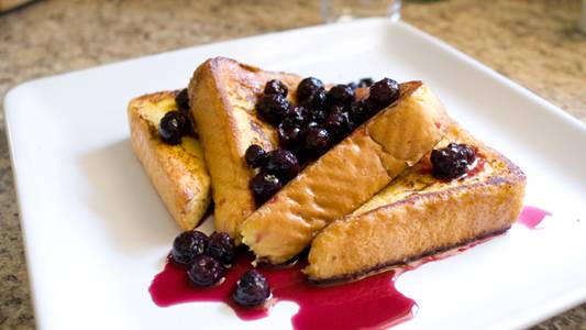 French Toast with Homemade Blueberry Syrup