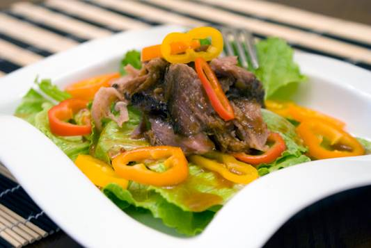 Asian-Pork-and-Pepper-Salad