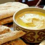 Turkish Style Hummus (Humus) – A delightfully creamy, light hummus