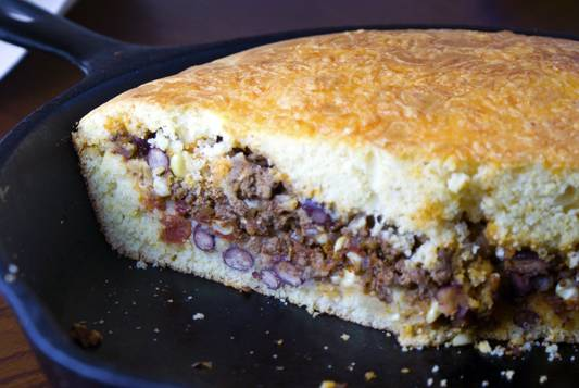 Stuffed-cornbread-pan