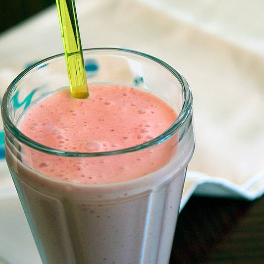 strawberry-smoothie-sq-lg