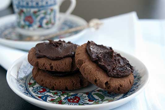 chocolate-drop-cookies