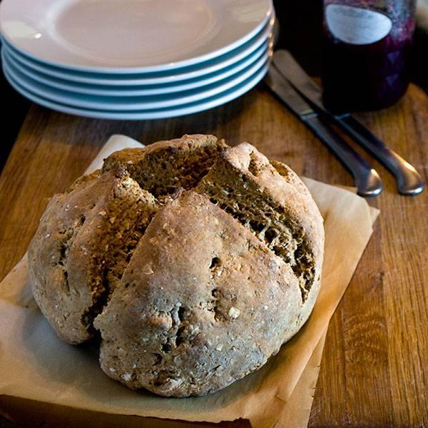 Brown-soda-Bread-with-Molasses-sq