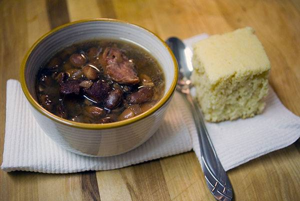 Crockpot Ham and Beans – A Southern comfort food staple