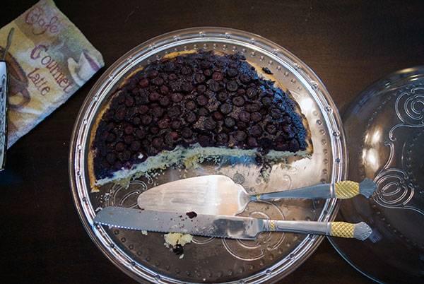 Blueberry-Skillet-Cake-002