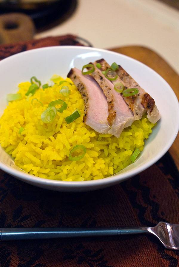 golden-rice-with-pan-seared-pork-01-tall