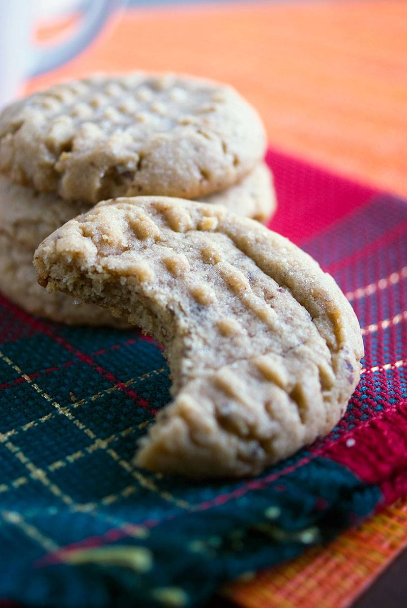 Chewy Chocolate Kissed Peanut Butter Cookies - The Best Peanut butter cookie recipe ever!
