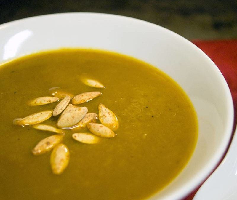 Rich and Hearty Curried Pumpkin Soup Recipe