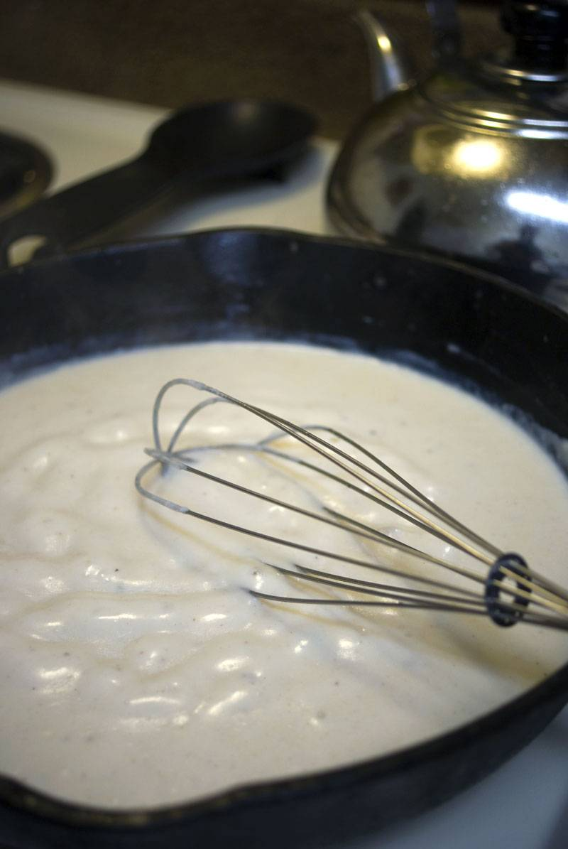Southern White Gravy, Just like Mom Used to Make