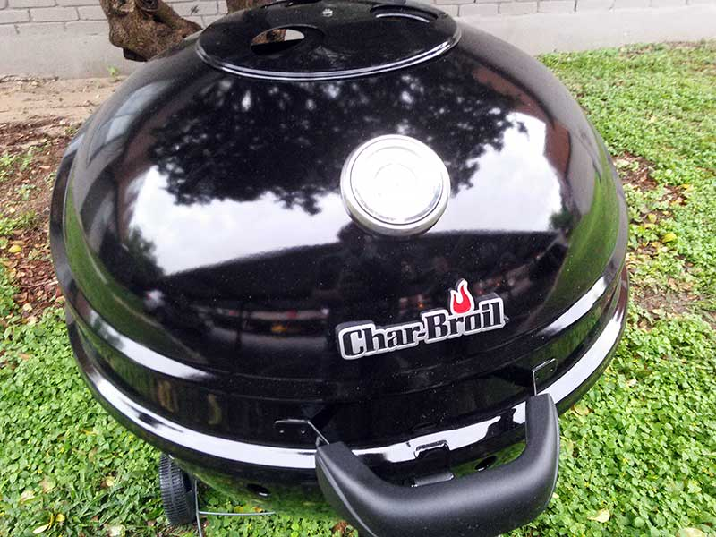 The Char-Broil Kettleman Grill: Gorgeous, isn't it?