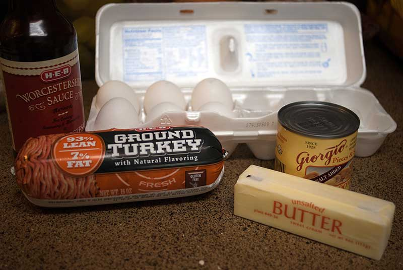 ingredients for Grilled Turkey burgers with Garlic Mayo & Recaito