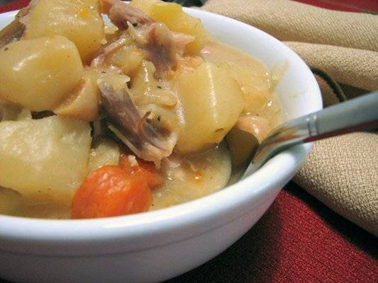 Leftover Turkey Stew - An awesome leftover turkey recipe