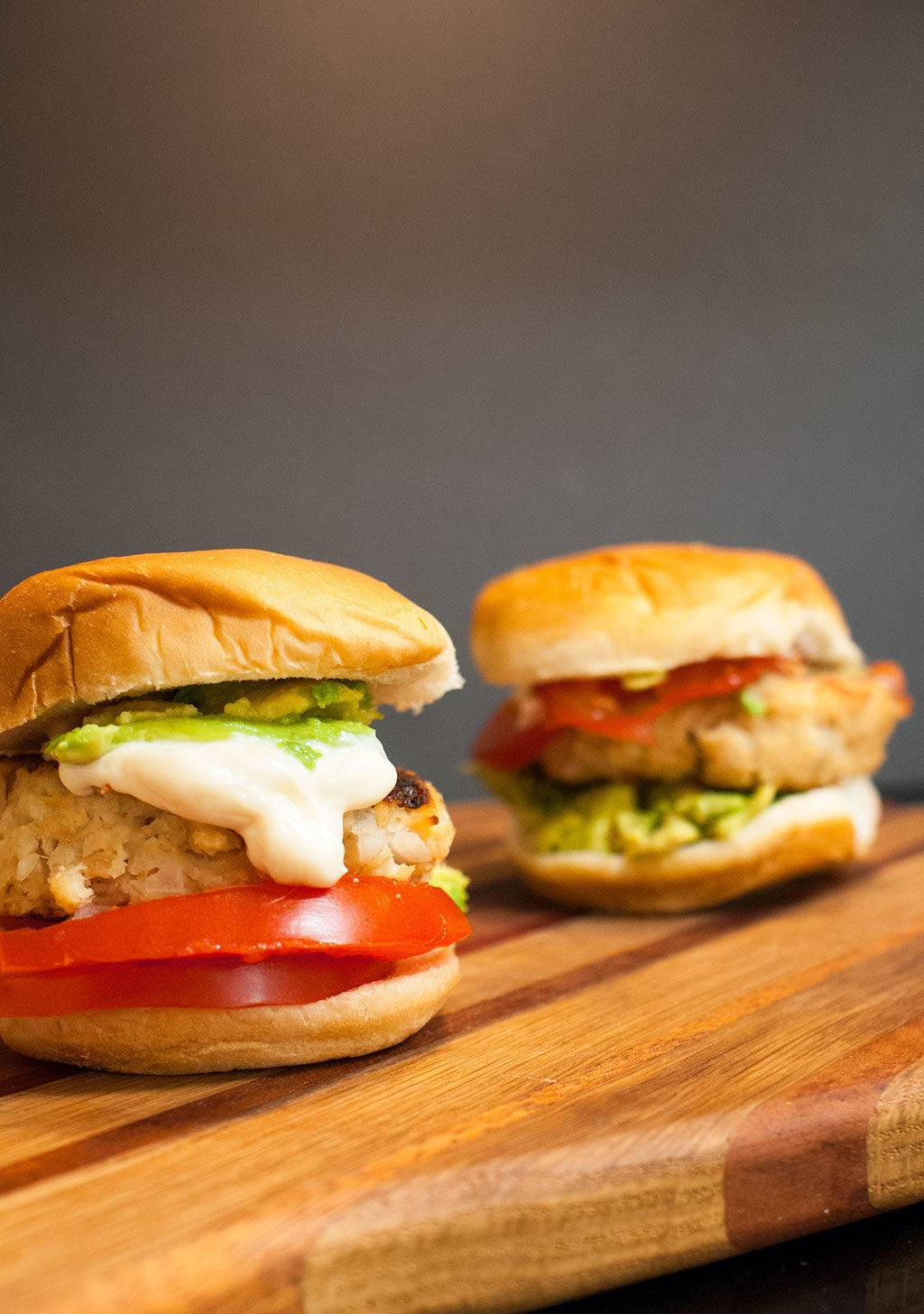 Tuna Burgers with Sesame Mayo and Avocado - A quick and delicious weeknight dinner for the whole family that's ready in under 20 minutes, but tastes like it took hours.