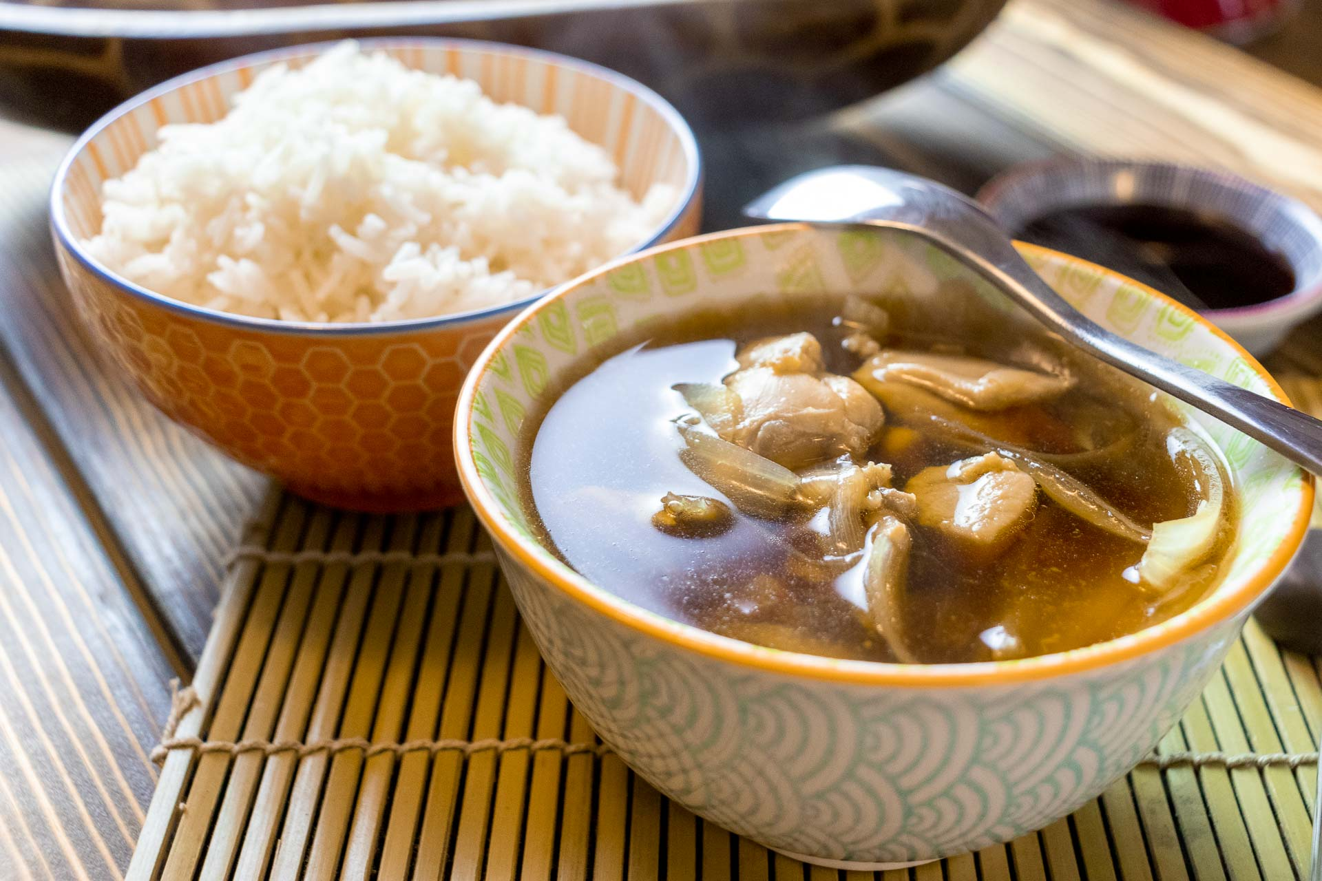 Simmered Chicken and Onions – Japanese nimono style chicken recipe